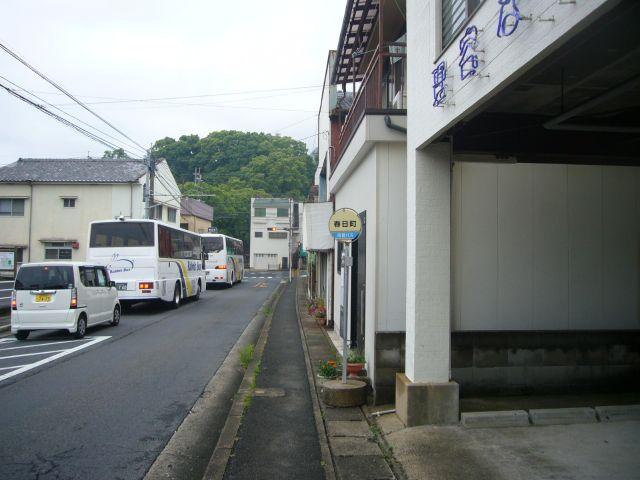 春日町バス停(桜木方面)