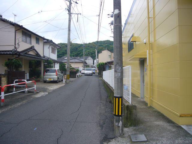 淀姫神社バス停バス進行方向