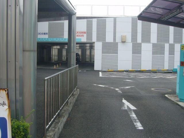 新みなとターミナル駐車場