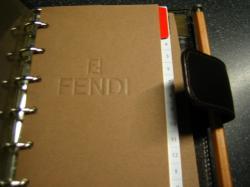 FENDY の手帳 中