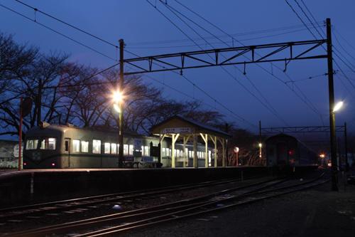 一番列車は21001系