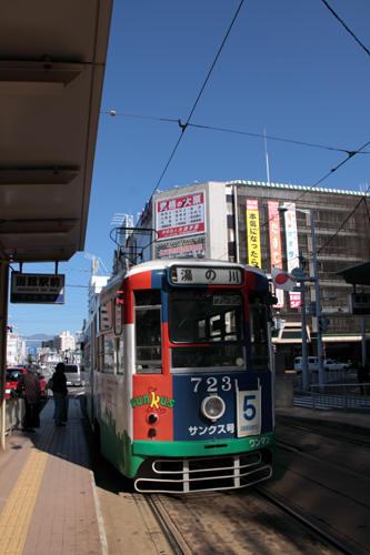 函館駅前停留所の723号