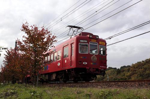 山東~大池遊園間を行くおもちゃ電車
