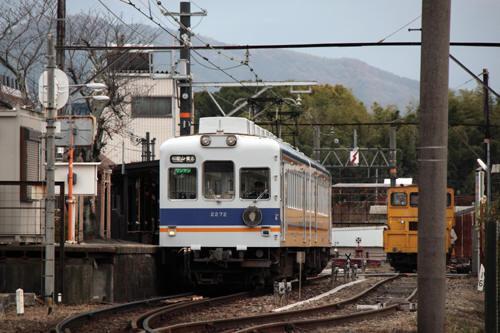 貴志駅に停車中の電車