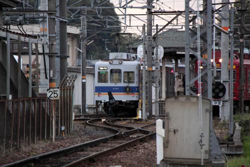 伊太祈曽駅での列車交換
