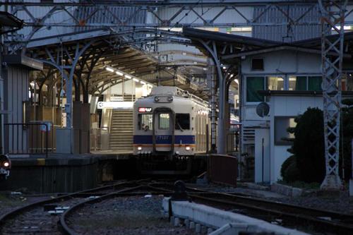 和歌山市駅の電車