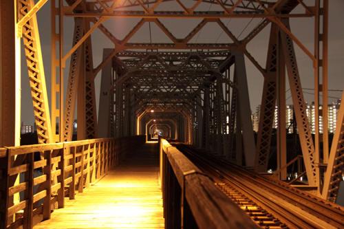 早朝の赤川鉄橋