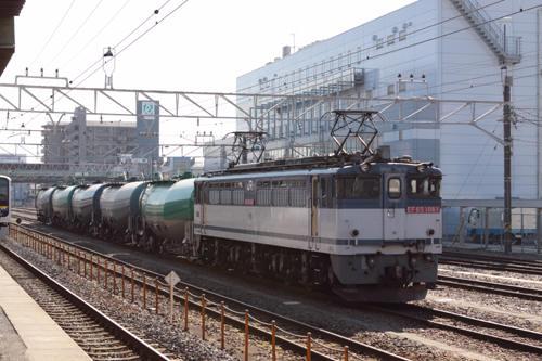 蘇我駅の3091列車のEF65 1081