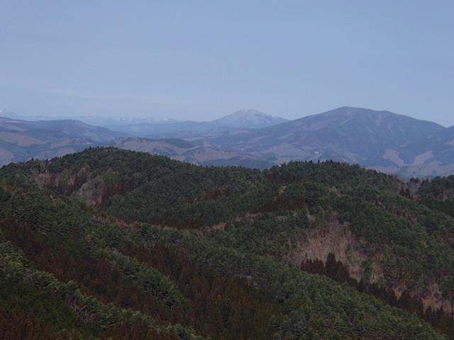神行堂山から室根山