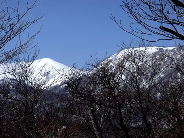薬師森と前船形山