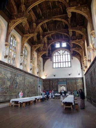 hamptoncourtpalaceinside3
