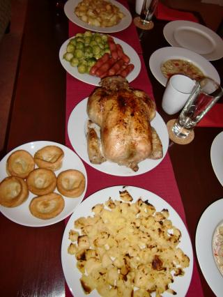 lotsofchristmasfood7