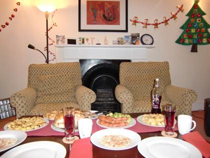 lotsofchristmasfood8