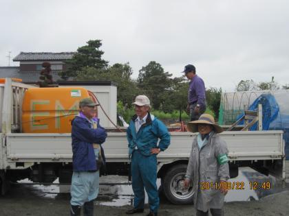 山形からの支援トラック