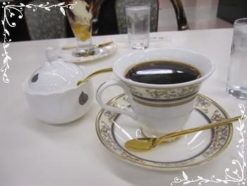 青山コーヒ