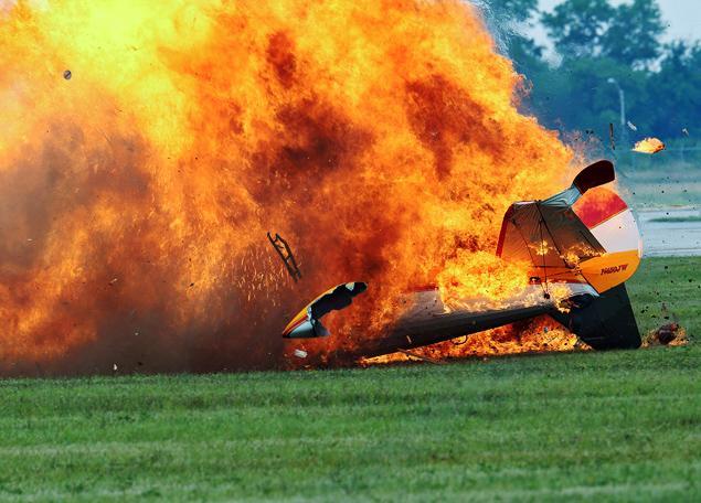 air-show-crash.jpg