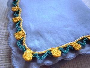 ハンカチの縁飾り編み