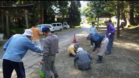 八幡宮掃除2