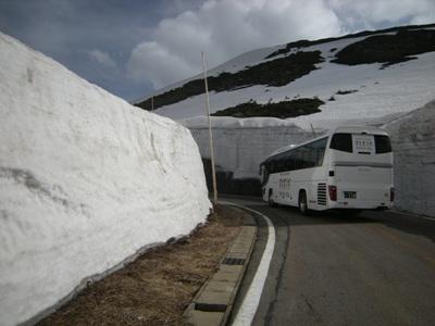 3-2雪の壁