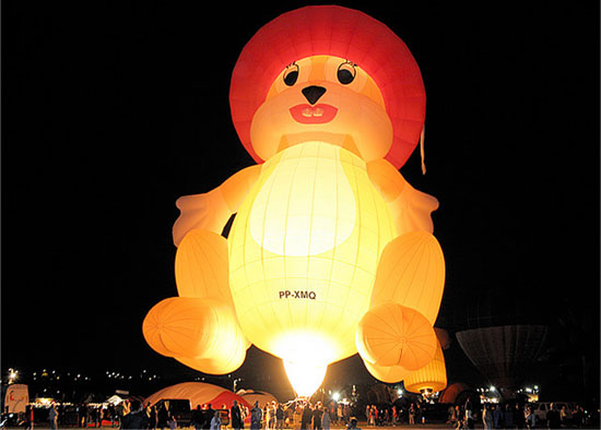 Balloons_Festival_Creative_Amazing_and_Fun_40.jpg