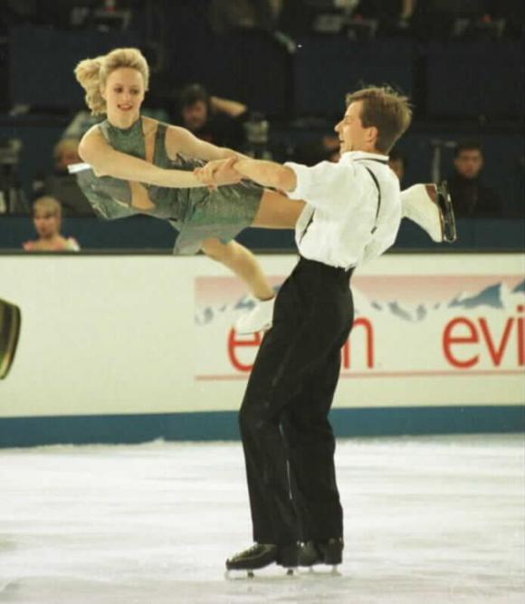 Best_Moments_in_Figure_Skating_13.jpg