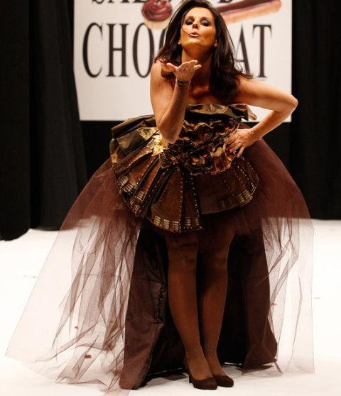 Chocolate+Fashion+Show+-+French+TV+Host+Faustine+Bollaert.jpg