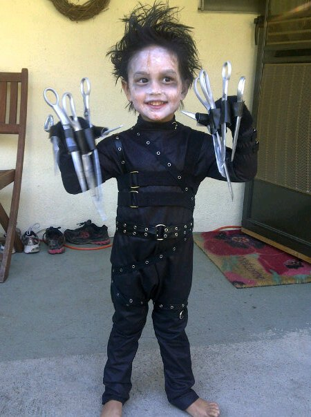 Cute_and_Fun_Cosplay_Kids_24.jpg