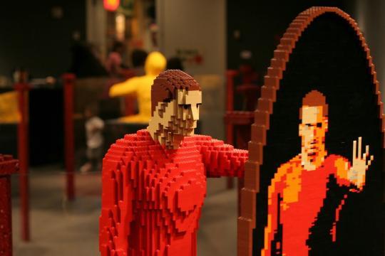LEGO_by_Nathan_Sawaya_3__21.jpg