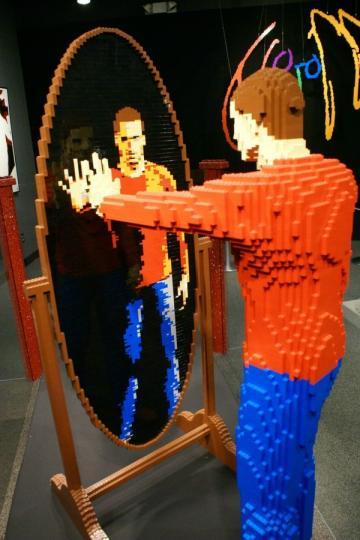 LEGO_by_Nathan_Sawaya_3__23.jpg