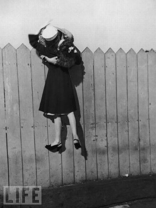 Love_kiss.jpg