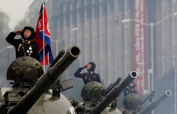 Parade_in_Pyongyang_North_Korea_12.jpg
