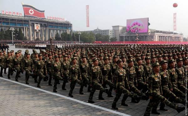 Parade_in_Pyongyang_North_Korea_19.jpg