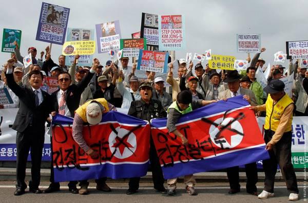 Parade_in_Pyongyang_North_Korea_20.jpg