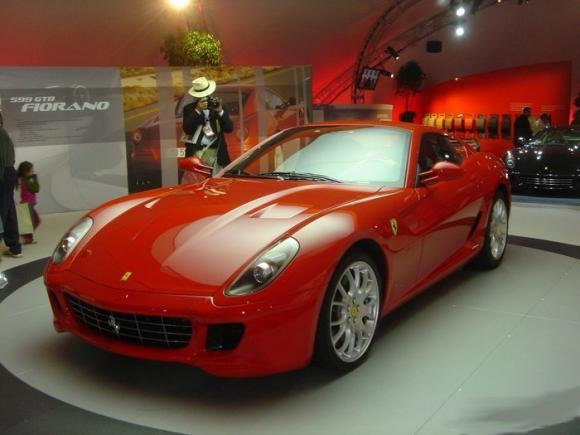 Vintage_and_Luxury_Car_Show_11.jpg