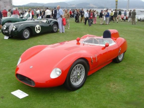 Vintage_and_Luxury_Car_Show_21.jpg