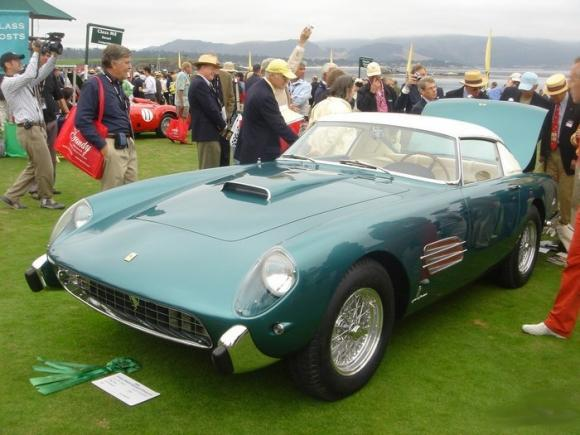 Vintage_and_Luxury_Car_Show_6.jpg