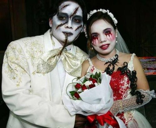 Weirdest_and_Funniest_Wedding_Costumes_10.jpg