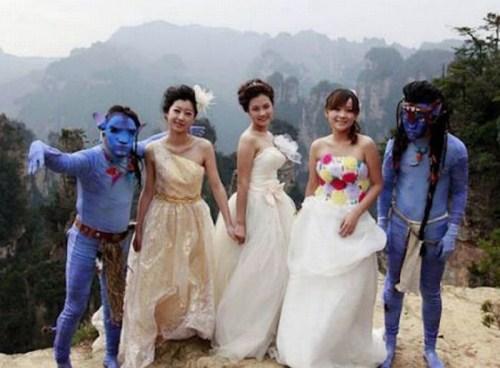 Weirdest_and_Funniest_Wedding_Costumes_16.jpg