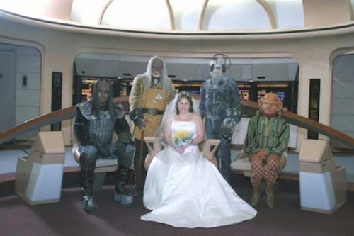 Weirdest_and_Funniest_Wedding_Costumes_17.jpg