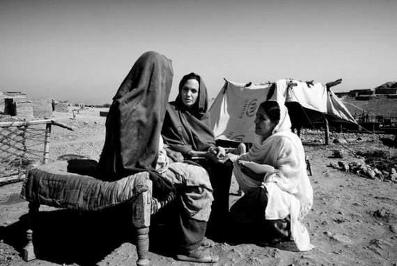 angelina-jolie-in-afghanistan06.jpg