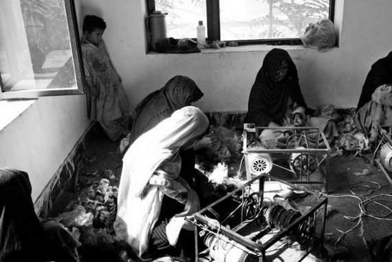 angelina-jolie-in-afghanistan08.jpg
