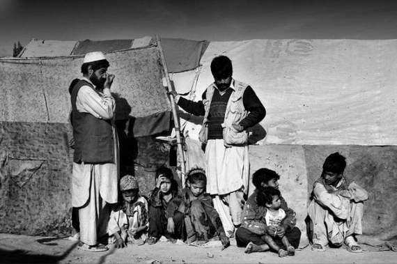 angelina-jolie-in-afghanistan11.jpg