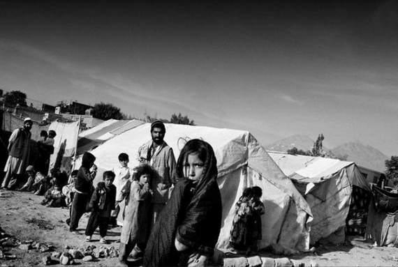 angelina-jolie-in-afghanistan18.jpg