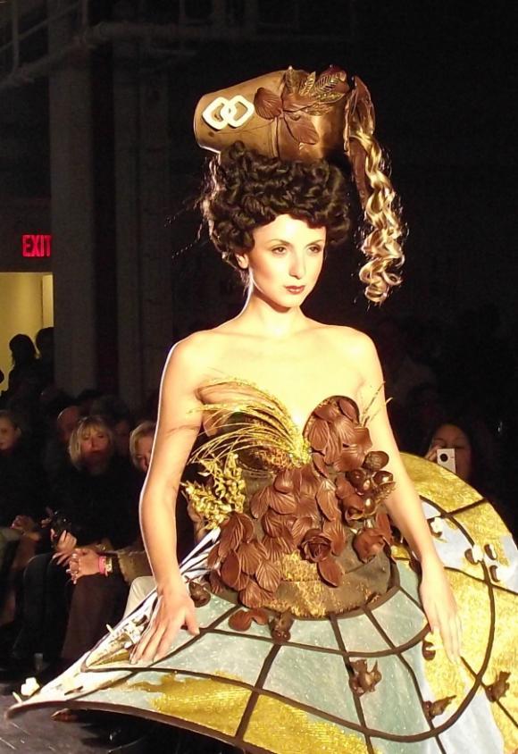 chocolate-show-dress-w-map.jpg