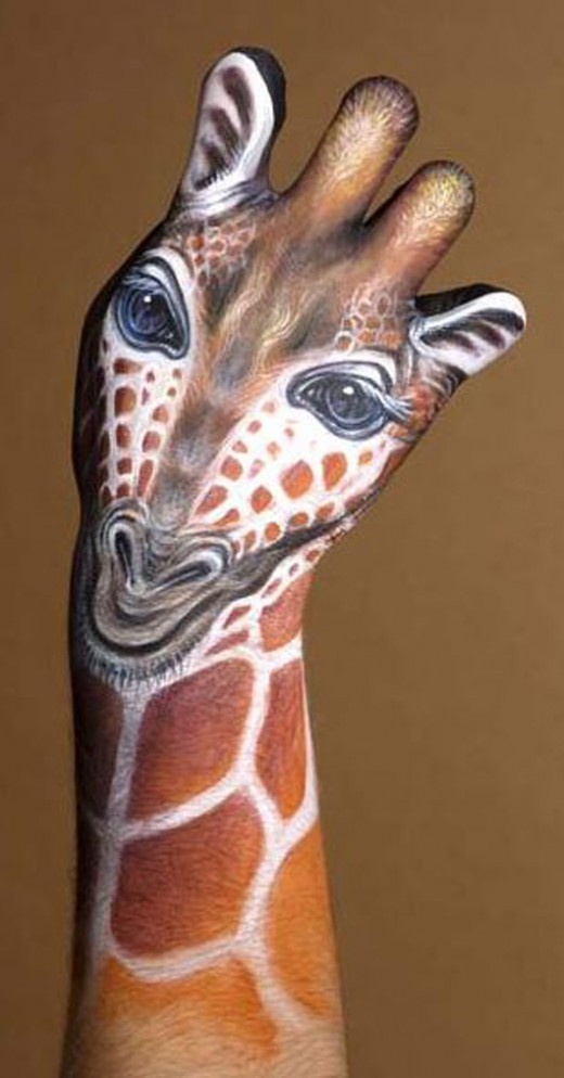 hand-painting-pictures12-520x994.jpg