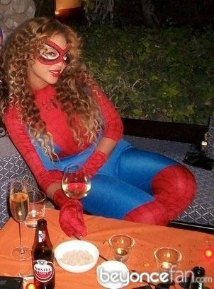hot-girls-in-spiderman-costumes05.jpg