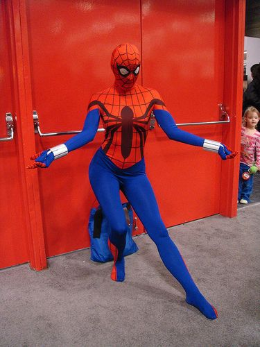 hot-girls-in-spiderman-costumes07.jpg