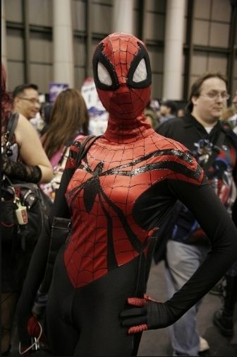 hot-girls-in-spiderman-costumes08.jpg