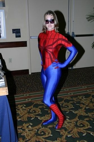 hot-girls-in-spiderman-costumes09.jpg