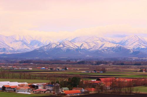 雪の日高連峰